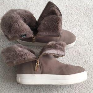 J/Slides Fur ankle booties 9